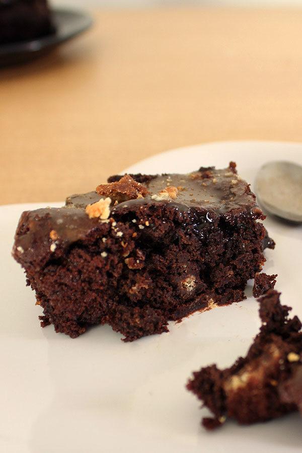 vegan millionaire shortbread brownies