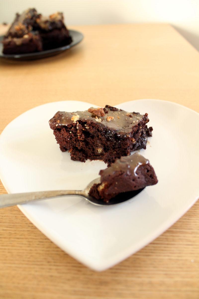 vegan caramel millionaire brownies