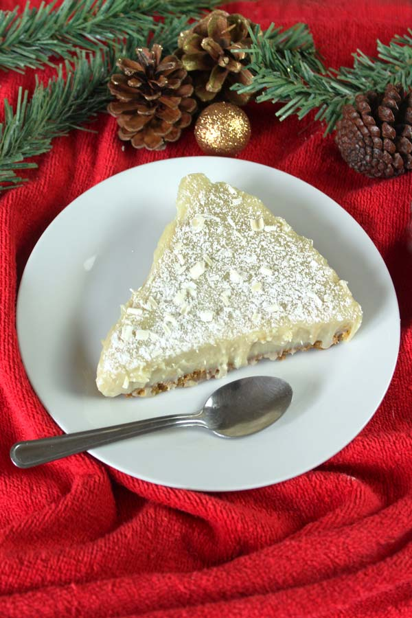 Vegan white chocolate torte