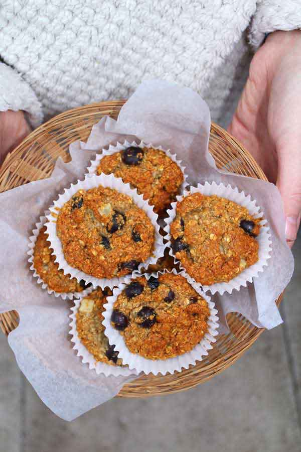 Easy, healthy, vegan blueberry muffins!
