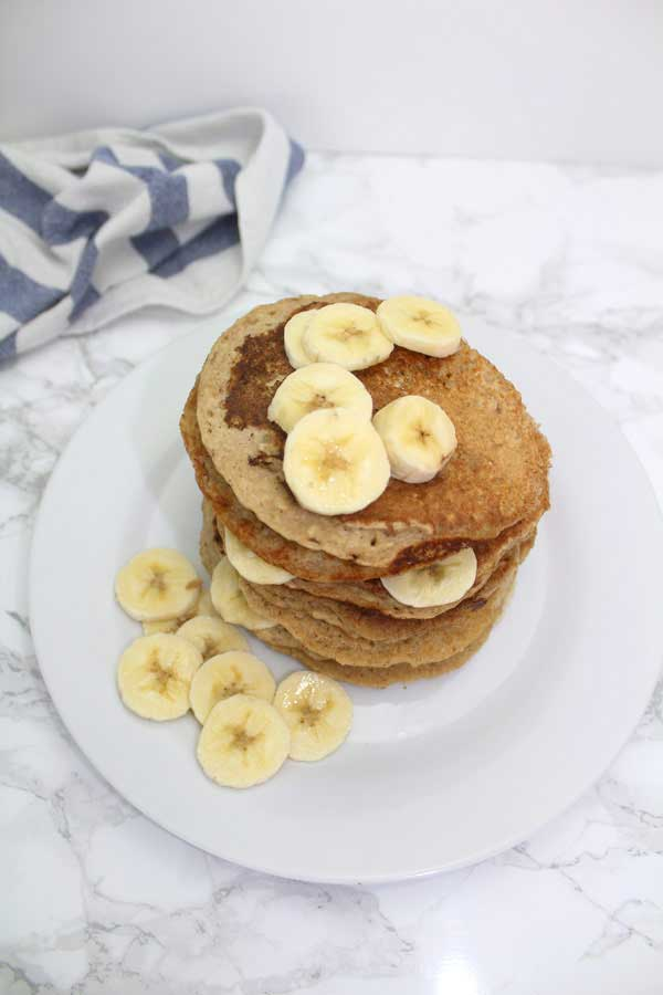 4 Ingredient vegan banana pancakes