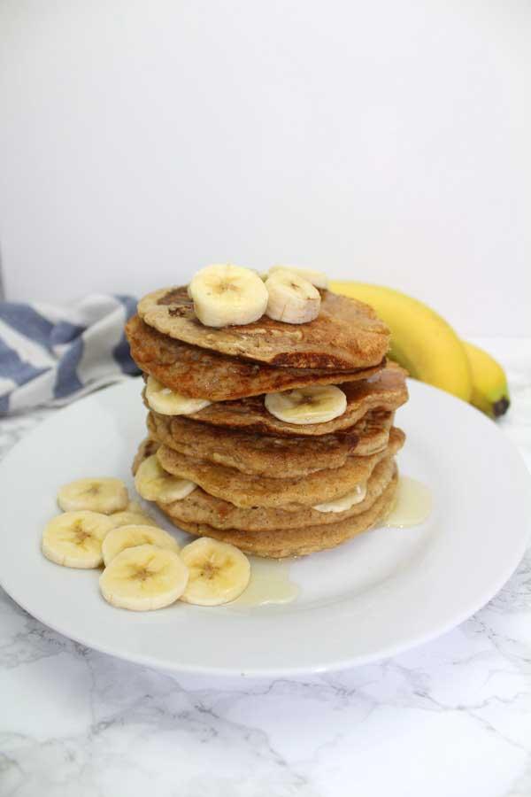 Easy, fluffy vegan pancakes!