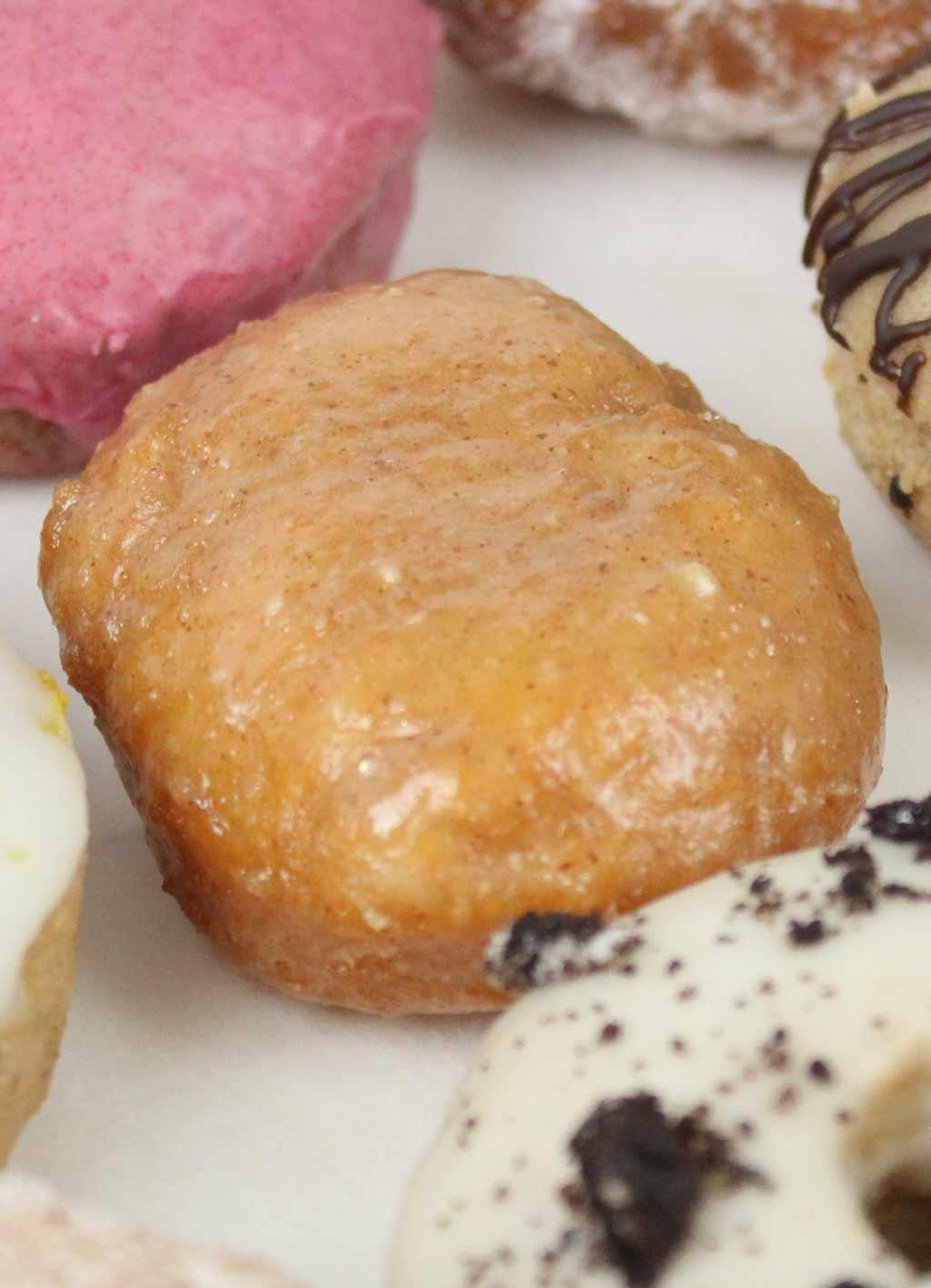 peanut butter glaze donut