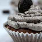 vegan oreo cupcakes thumbnail