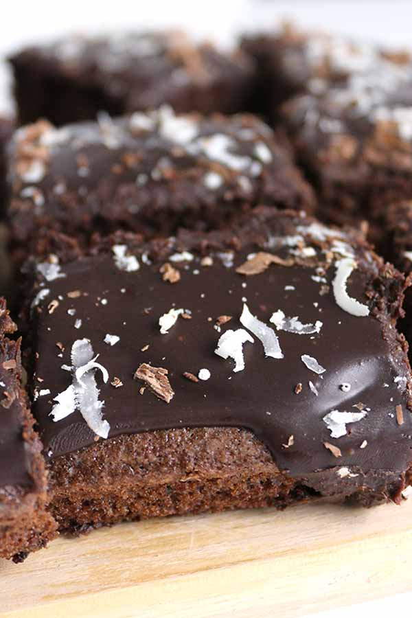 Thumbnail picture of chocolate sheet cake