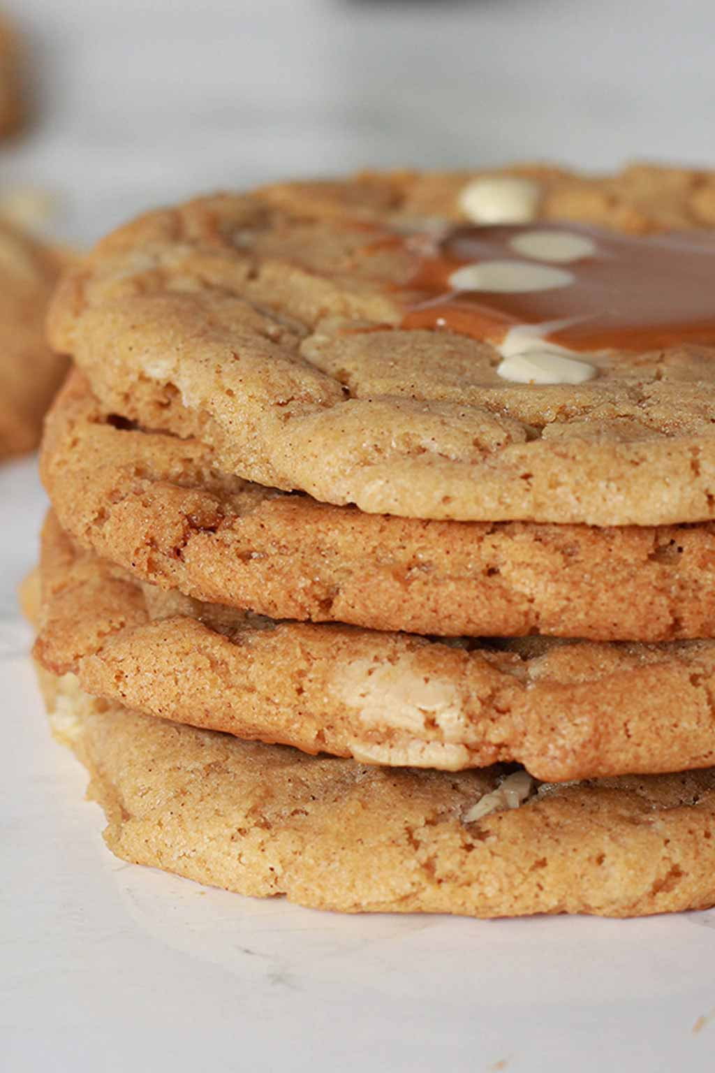 stack of 4 cookies