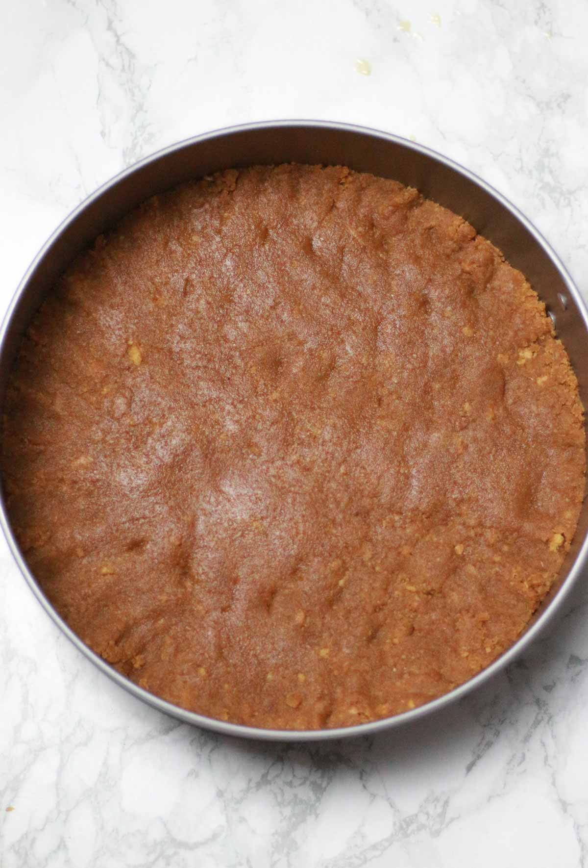 Biscuit Base Pressed In The Tin