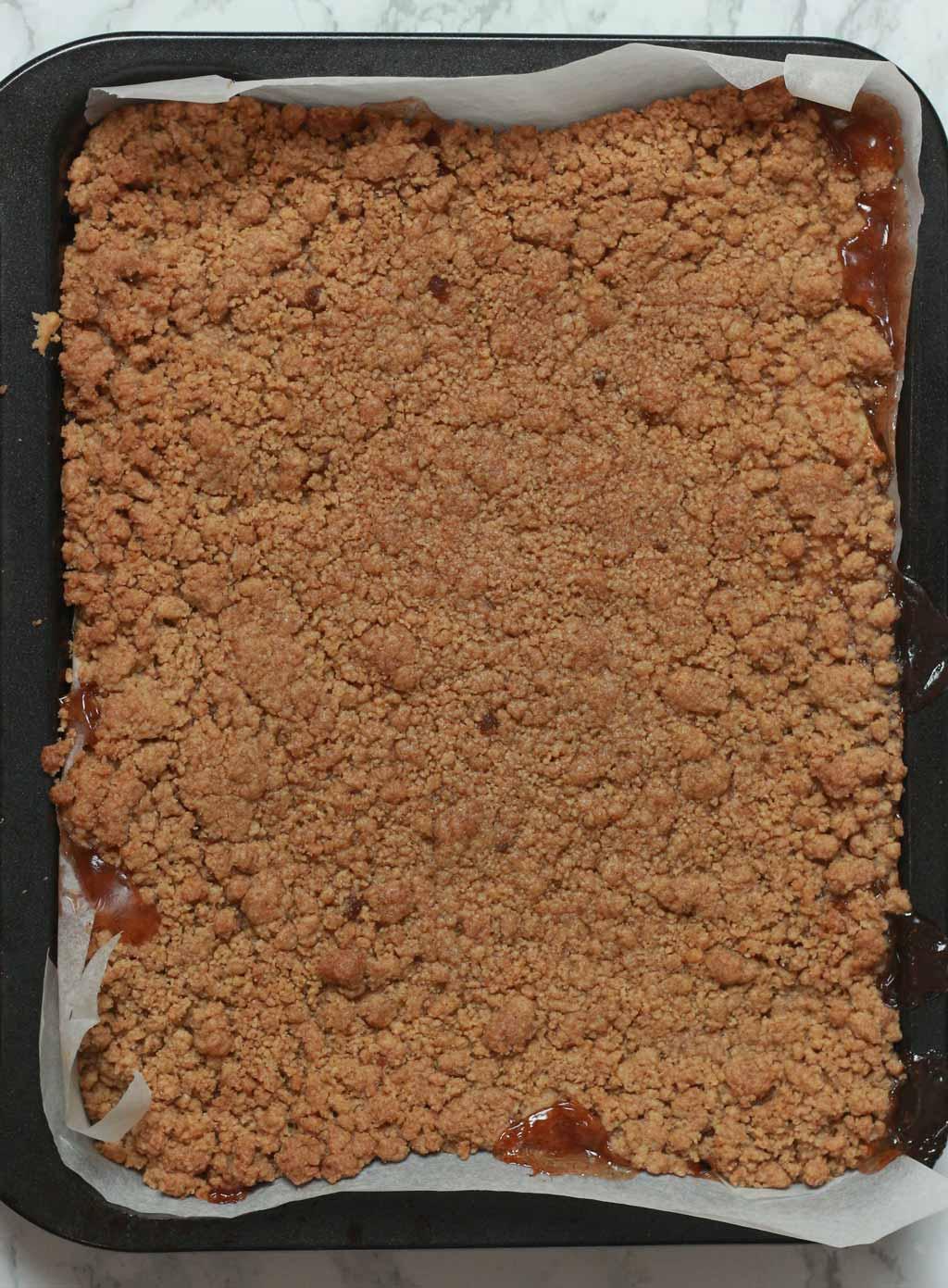 Baked Apple Pie Bars In Tin